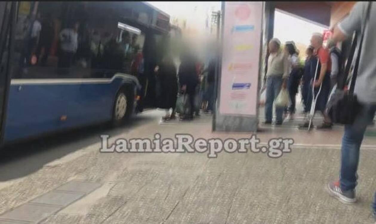 Λαμία: Έδειραν τον οδηγό όταν τους ζήτησε να πληρώσουν και να βάλουν μάσκα