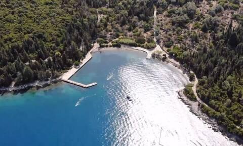 Αυτό είναι το άγνωστο νησί του Ωνάση που δεν απέκτησε ποτέ τη φήμη του Σκορπιού