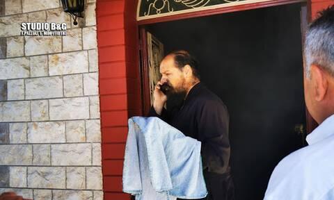 Βίντεο: Ιερέας αποχωρεί από την Θεία Λειτουργία για να σβήσει πυρκαγιά