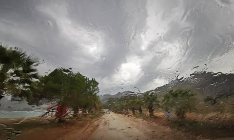 Καιρός: Αυτές οι περιοχές θα «βουλιάξουν» σήμερα λόγω βροχών (ΧΑΡΤΕΣ)