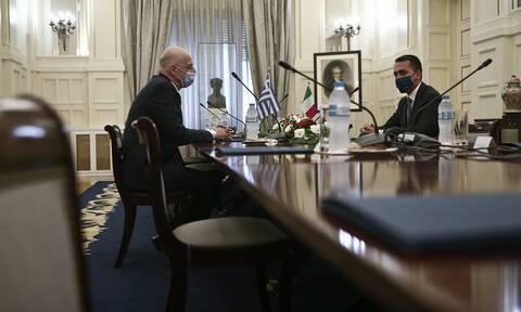 ΑΟΖ: Υπεγράφη η ιστορική συμφωνία Ελλάδας-Ιταλίας - Τι σημαίνει η οριοθέτηση