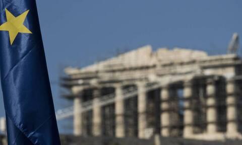 Προσφορές 17,2 δισ. ευρώ και επιτόκιο 1,55% για το δεκαετές ομόλογο