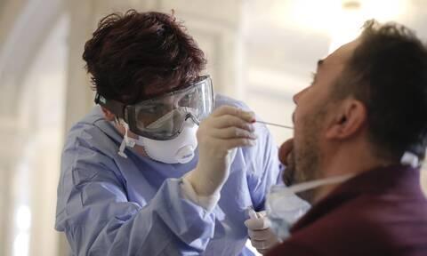 Κορονοϊός - ΠΟΥ: Πότε είναι πιο μολυσματικοί οι ασθενείς με COVID-19
