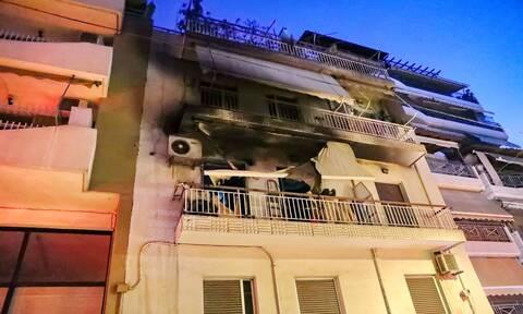 Φωτιά στην Αττική: Στις φλόγες διαμέρισμα στο Γαλάτσι - Δείτε εικόνες από το σημείιο