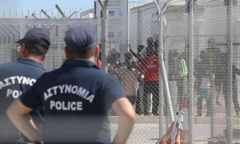 Κύπρος: Επεισόδια σε κέντρο φιλοξενίας μεταναστών: Πέτρες, δακρυγόνα και ζημιές