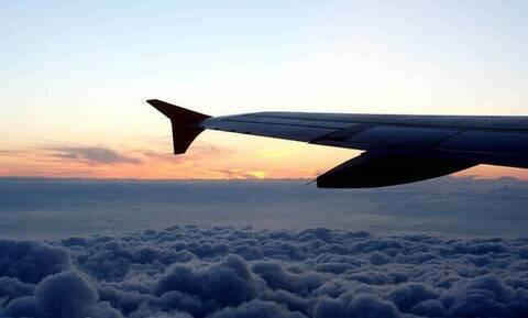 Θρίλερ! Δείτε αεροπλάνο να κάνει αναγκαστική προσγείωση σε δάσος (pics)