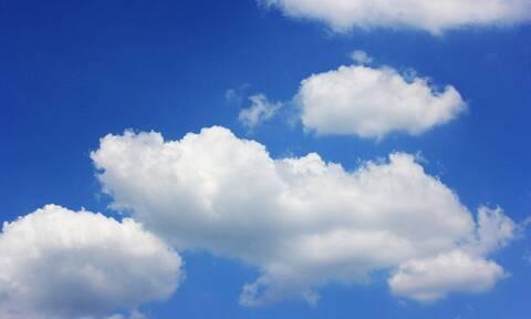 Κοίταξαν τον ουρανό και έπαθαν σοκ - Περίεργο θέαμα τούς άφησε άφωνους