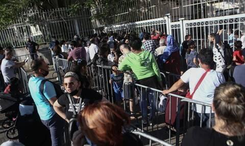 Ξανά ουρές στην υπηρεσία ασύλου στην Κατεχάκη