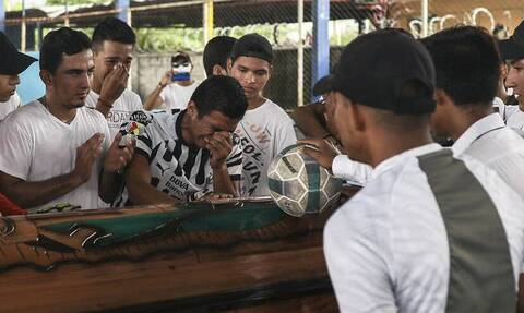 Μεξικό: Αστυνομικοί σκότωσαν 16χρονο ποδοσφαιριστή - Το συγκινητικό «αντίο» των συμπαικτών του