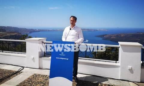 Θεοχάρης στο Newsbomb.gr: Πλέγμα προστασίας για τους εργαζόμενους στον τουρισμό