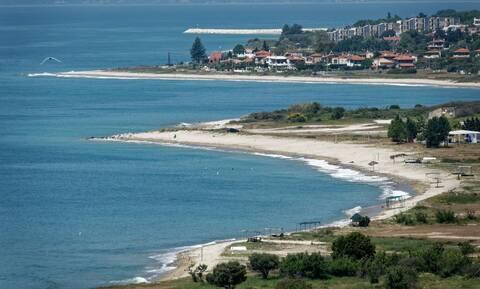 Καβάλα: Η παραλία που έκανε... καριέρα με το ψευδώνυμο «Τούζλα»