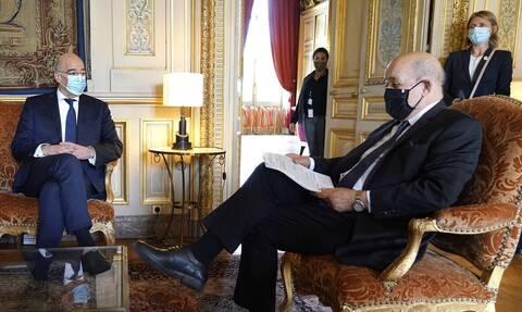 Στο Παρίσι ο Δένδιας: Η σχέση Ελλάδας-Γαλλίας και οι τουρκικές απειλές