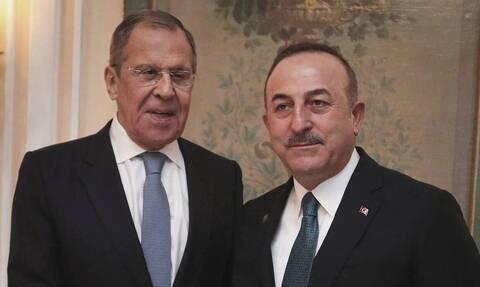 Τσαβούσογλου: Δεν έχουμε διαφωνίες με τη Ρωσία για τη Λιβύη