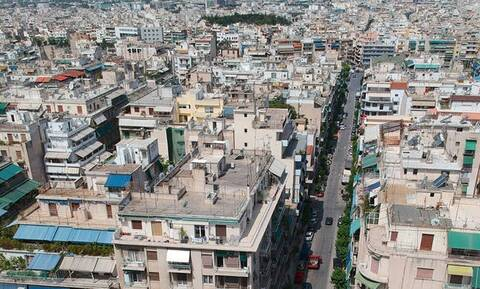 Τρομερό: Δείτε τι έπαθε από τον θόρυβο στο κέντρο της Αθήνας!