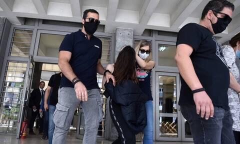 Φονικό στη Θεσσαλονίκη: «Ο 49χρονος κακοποιούσε την 18χρονη όσο ήταν ανήλικη»