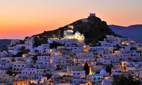 «Ύμνοι» για τα ελληνικά νησιά: «Διακοπές για όλα τα γούστα»