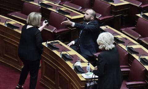 Καυγάς Βούλτεψη με Τζανακόπουλο και Αναγνωστοπούλου στη Βουλή