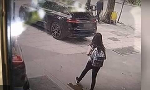 Μαρκέλλα: Συνελήφθη η κοκκινομάλλα που άρπαξε την 10χρονη - Πώς την ανακάλυψαν