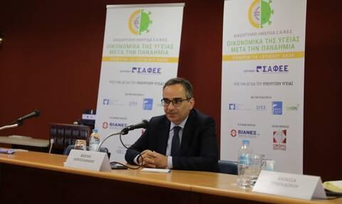 Νέα δέσμευση Κοντοζαμάνη: Από το 2020 και μετά θα εξαιρείται η δαπάνη των εμβολίων από το clawback