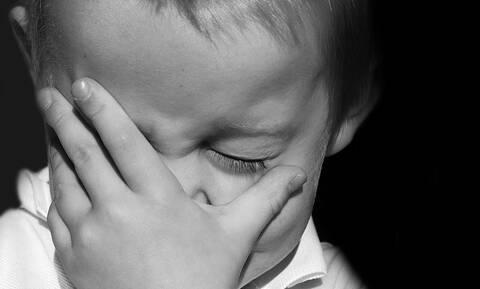 Επικίνδυνη αύξηση των περιστατικών βίας κατά των παιδιών προειδοποιεί ο ΠΟΥ