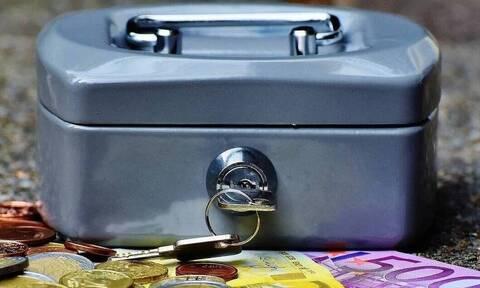 Επίδομα 534 ευρώ: Γιατί έμειναν απλήρωτοι χιλιάδες δικαιούχοι