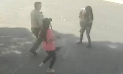 Σερίφης είδε γυναίκα να τρέχει με μωρό στα χέρια - Συγκινητικό αυτό που έκανε (pics+vid)