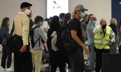 Κορονοϊός: Ανησυχία για τον τουρισμό - «Εισαγόμενα» τα περισσότερα κρούσματα