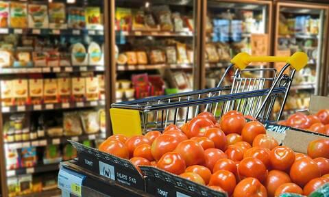 Κορονοϊός: Στροφή έκαναν οι Έλληνες στις αγορές τους-Ποια τρόφιμα προτιμούν