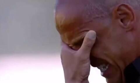 Συγκινητικό: Προπονητής «σπαράζει» στο κλάμα για τον χαμό της μητέρας του