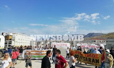Συμβολικός αποκλεισμός του ΧΥΤΑ στη Φυλή: Σταμάτησε η διέλευση απορριμματοφόρων