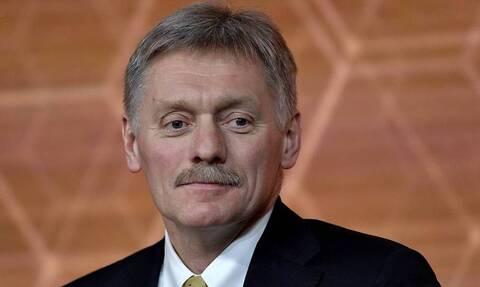 """Песков прокомментировал слова Путина про чиновников, которые могут """"рыскать глазами"""""""