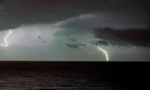 Καιρός: Νέα επιδείνωση με βροχές και καταιγίδες - Προσοχή τις επόμενες ώρες