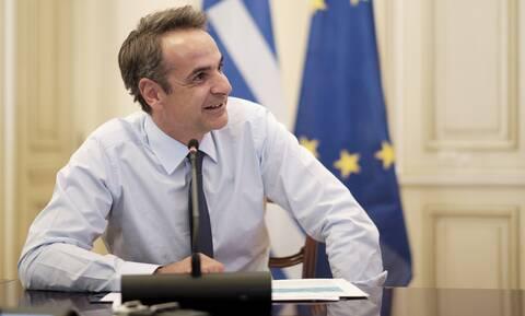 Τηλεδιάσκεψη Μητσοτάκη με Ελληνόπουλα από όλο τον κόσμο
