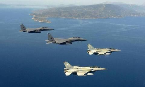 Νέες τουρκικές προκλήσεις: Δύο εικονικές αερομαχίες πάνω από το Αιγαίο