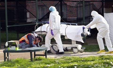 Κορονοϊός στις ΗΠΑ: Σχεδόν νέοι 800 θάνατοι από COVID-19 σε 24 ώρες