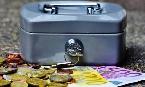 ΟΑΕΔ: Ξεκινά η καταβολή της 2μηνης παράτασης των επιδομάτων - Ποιοι είναι οι δικαιούχοι