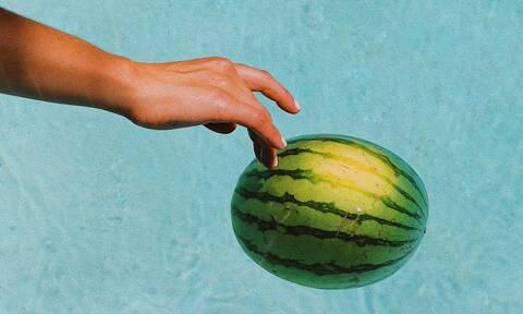 Στην Αμερική άφησαν τα βάρη και έπιασαν τα φρούτα