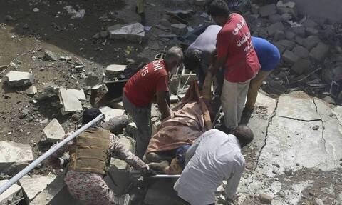 Πακιστάν: Το αεροπλάνο συνετρίβη γιατί πιλότος και συγκυβερνήτης μιλούσαν για τον κορονοϊό