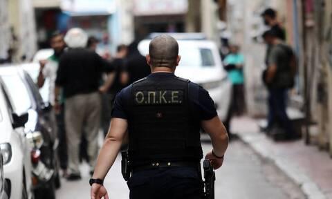 Αστυνομική επιχείρηση στο κέντρο της Αθήνας – Εντοπίστηκαν λαθραία τσιγάρα