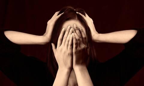 Είχε πονοκέφαλο και βγήκε να αγοράσει παυσίπονα – Άλλαξε ξαφνικά η ζωή της