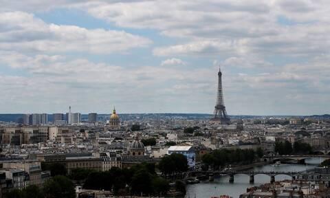 Άνοιξε ο Πύργος του Άιφελ - Οι νέοι κανονισμοί για τους επισκέπτες (vid)