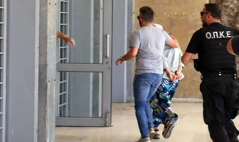 Μαρκέλλα: «Είναι ανίκανη να δράσει μόνη της» λέει γείτονας της 33χρονης