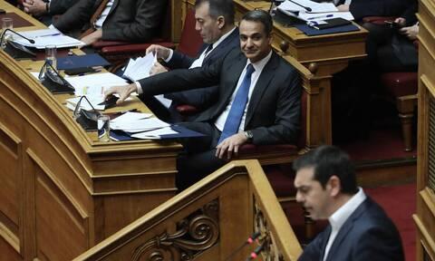 Στο «κόκκινο» η πολιτική σύγκρουση - Νέο '89 «βλέπουν» στον ΣΥΡΙΖΑ