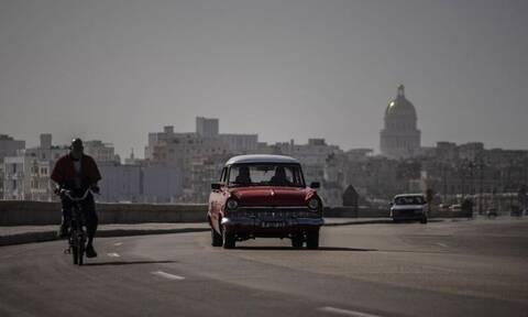 Απίστευτες εικόνες: «Πνίγηκε» στην αφρικανική σκόνη η Κούβα