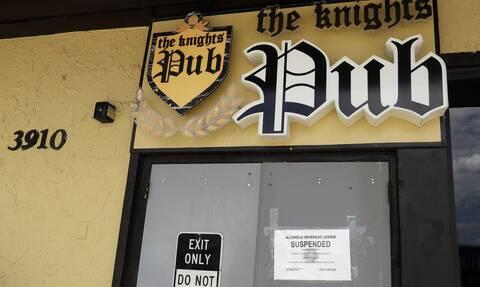 Κορονοϊός ΗΠΑ: Η Φλόριντα αναστέλλει την πώληση αλκοόλ στα μπαρ