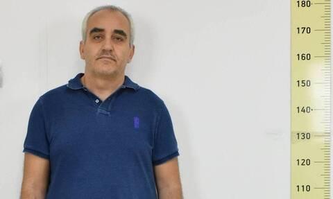 «Dr Θάνατος»: Απαγόρευε στα θύματά του να τρώνε και τους πότιζε μαντζούνια