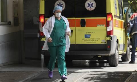 Σοκ στο Μεσολόγγι: 15χρονος έπεσε από τον τρίτο όροφο - Νοσηλεύεται σε ΜΕΘ