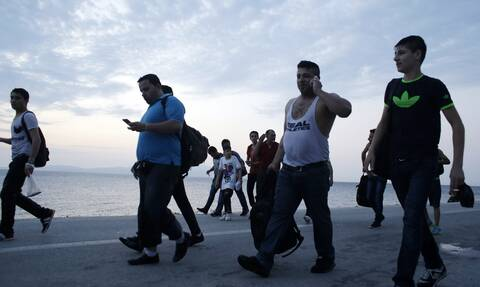 Κορονοϊός: Θετικοί στον ιό τρεις μετανάστες που διασώθηκαν στη Μυτιλήνη