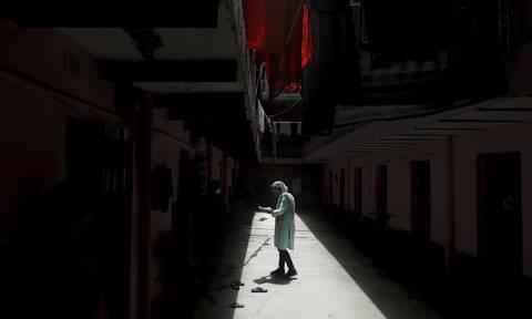Κορονοϊός: Θάνατος και αγωνία - Σχεδόν 10 εκατ. τα κρούσματα παγκοσμίως