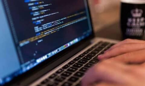 Σύλληψη 23χρονου χάκερ για παράνομη πρόσβαση σε πληροφοριακά συστήματα